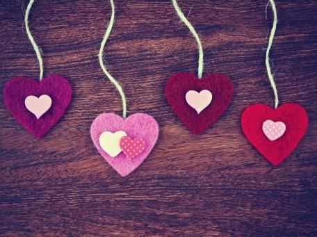 dangling-hearts